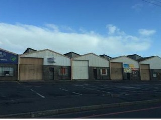 218m² unit in Parow
