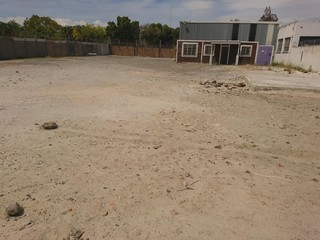 1 762m² Vacant Land to Let in Beaconvale, Parow