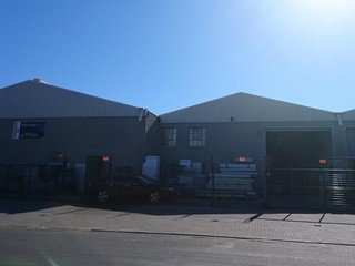 Warehouse To Let in Beaconvale, Parow